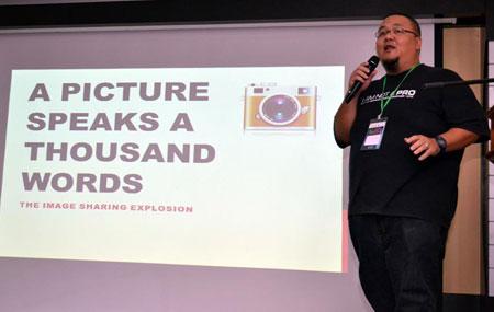Image Sharing Madness by Reeda Malik (AnakBrunei)