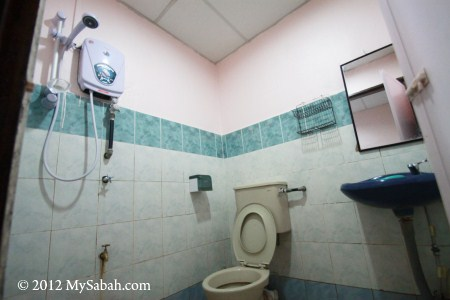 bathroom of Mostyn Hotel