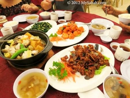 dinner at New WK Restaurant