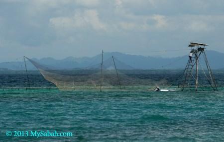 Bagang fishing platform in Darvel Bay