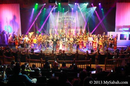 cultural event in JKKN Sabah auditorium