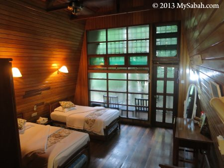 room of Riverside Lodge
