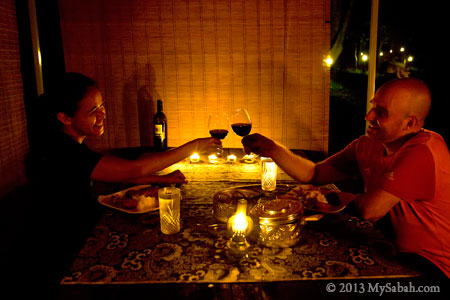 candle light dinner in Taliwas Park