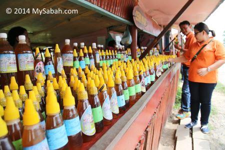 honey for sale in Gombizau village