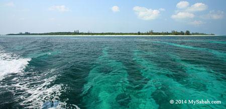 Mengalum Island (Pulau Mengalum)