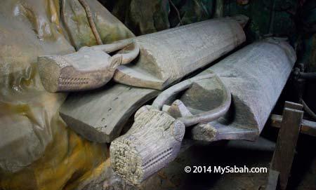Belian coffin with buffalo head