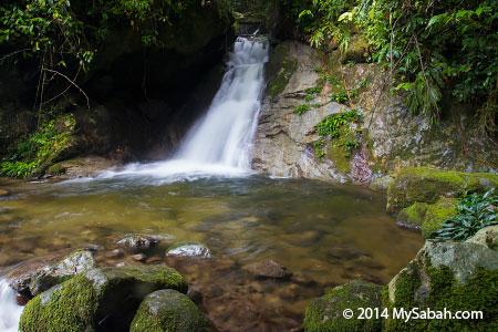 Lupa Masa Waterfall
