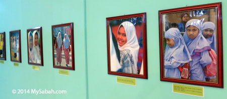 photographs of Muslims
