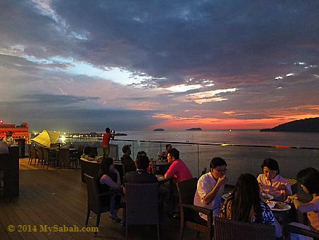dinner at Sky Blu Bar