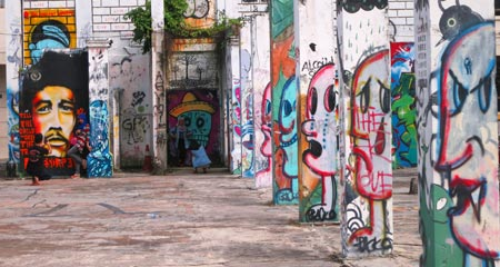 graffiti on columns