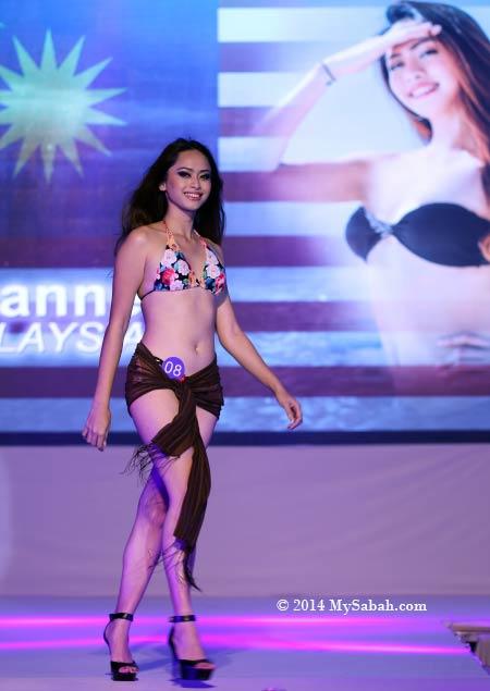 Miss Scuba Malaysia in bikini