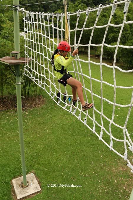 high ropes challenge: Cargo Net