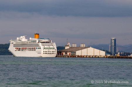 cruise ship at Sabah Port