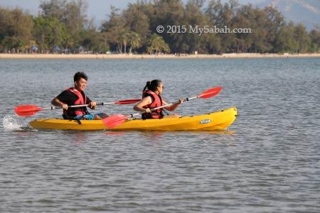 kayaking in Tanjung Aru Beach