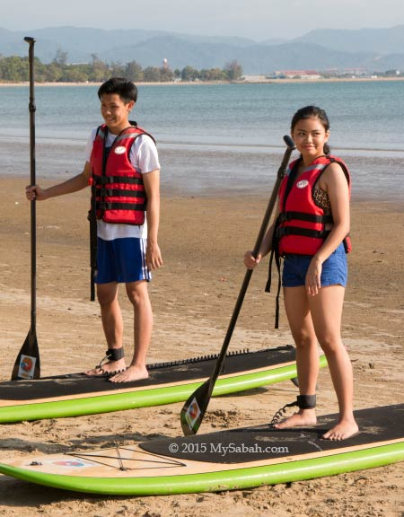 participants of Standup paddleboarding