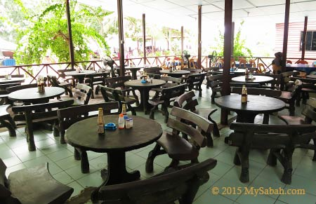 cafe on Mamutik Island