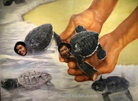 releasing baby turtles in 3D Wonders Museum