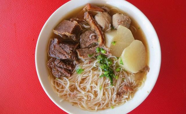 Beef Noodles of Kah Hiong Ngiu Chap Restaurant (家鄉牛什)