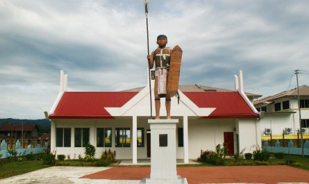 Ontoros Antonom Memorial