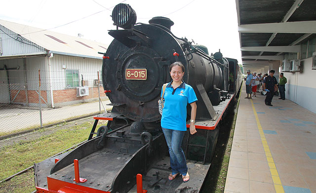 Fun ride on North Borneo steam train