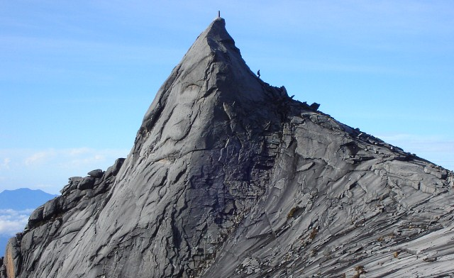 How to Climb Mount Kinabalu and How Much it Cost?