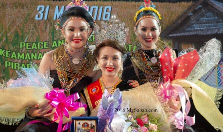From left to right: 1st Runner-up: Claryssa Henry (Kudat), The Queen: Sherry Ann Laujang (Penampang), 2nd-Runner-up: Fenny Ester Joslin (Banggi)