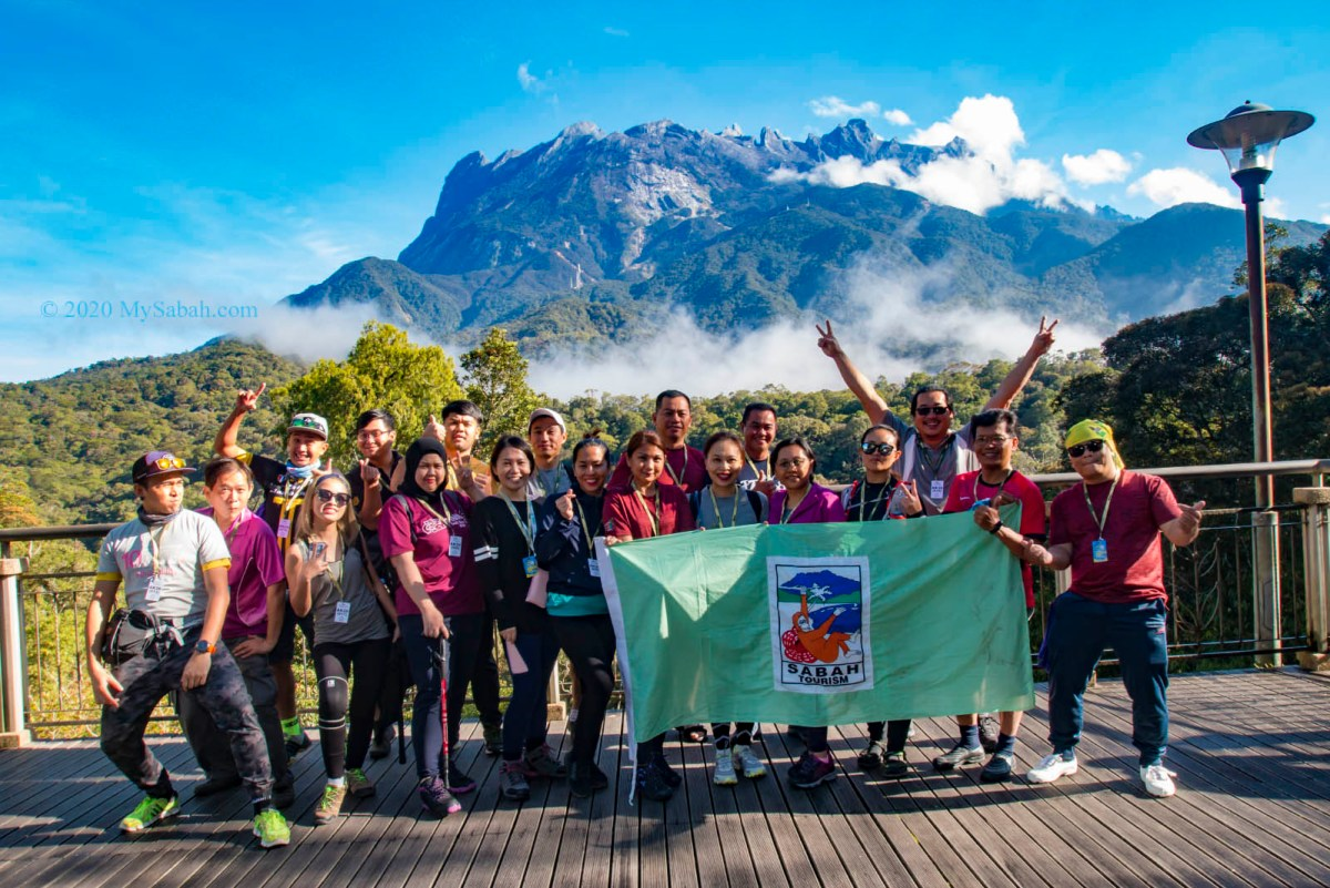 group photo before climbing Mount Kinabalu