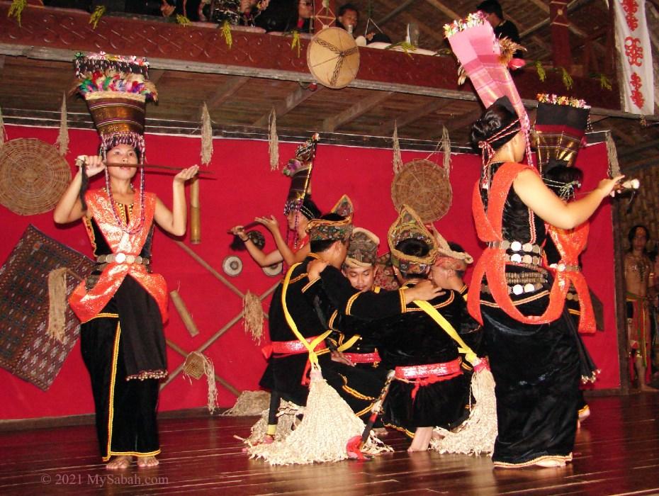 Sumazau as a sacred dance