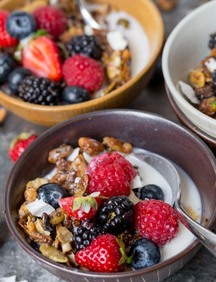 PALEO GRANOLA | gluten free, grain free, paleo