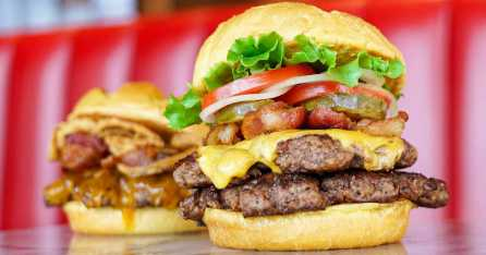FREE Smashburger Entree When you Buy One Coupon