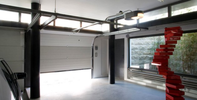 Amenager une piece de plus dans son garage l 39 immobilier for Piece porte garage