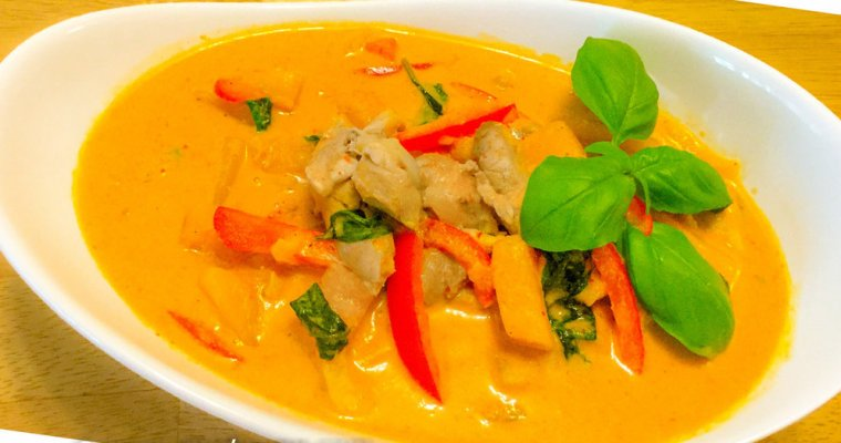 Delicious Thai Red Curry Chicken