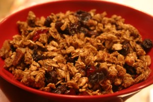 lowfat pumpkin granola with dried fruit