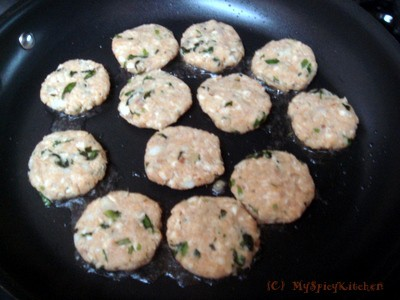 Pan frying fish cutlet