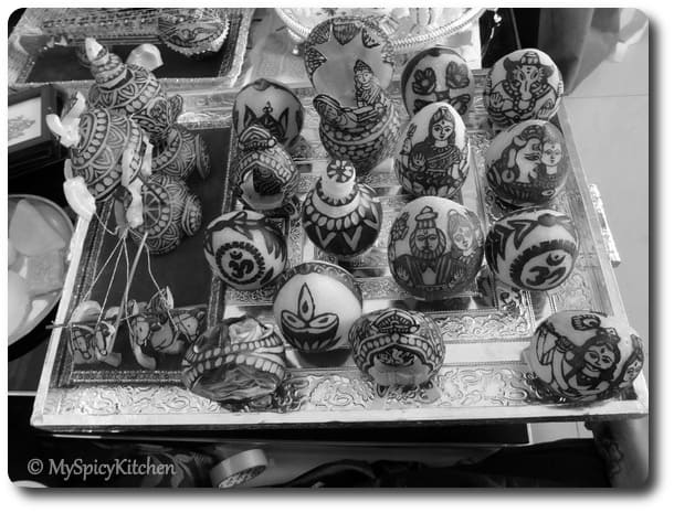 B&W Wednesday - Carved Dry Coconuts