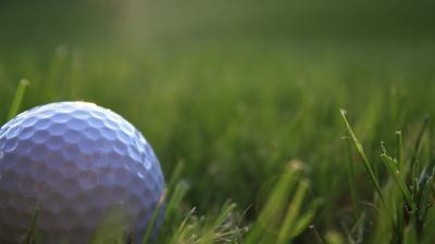 Golf-ball-on-rough-jpg_20151027182553-159532