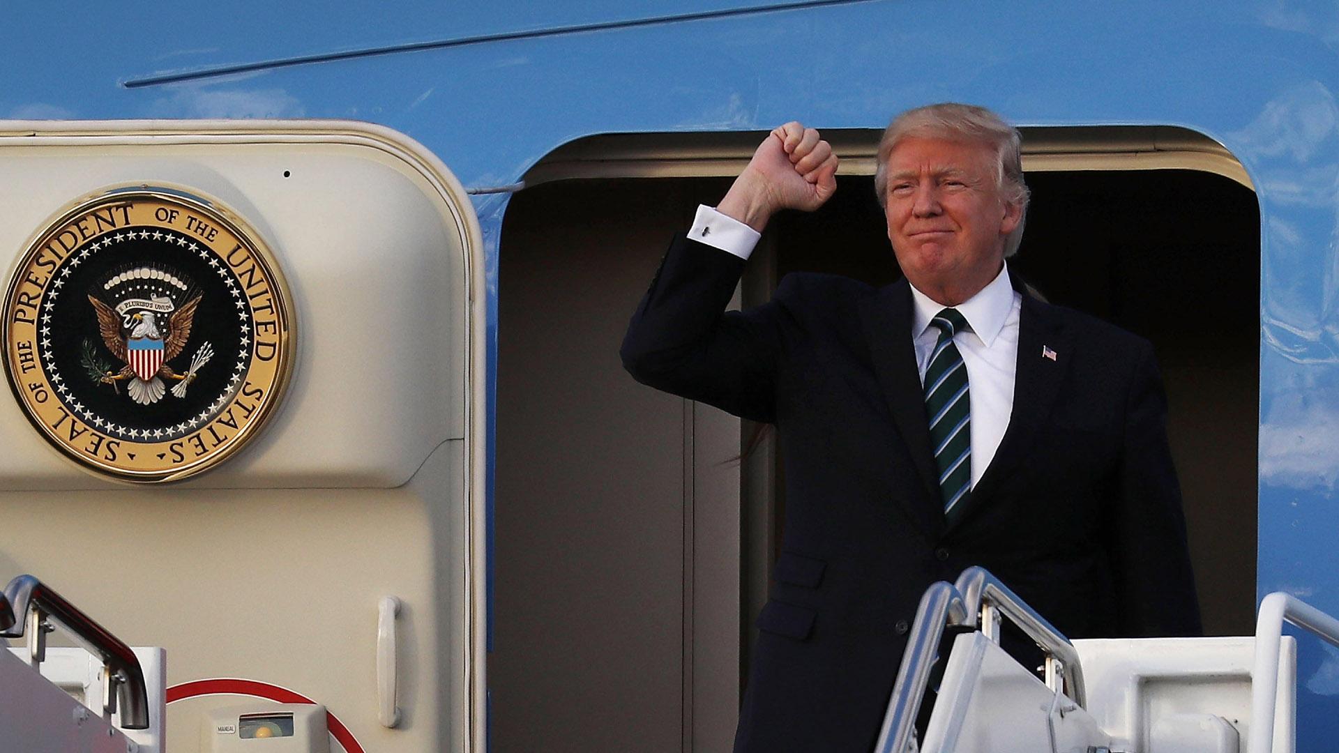 Trump Air Force One79654394-159532