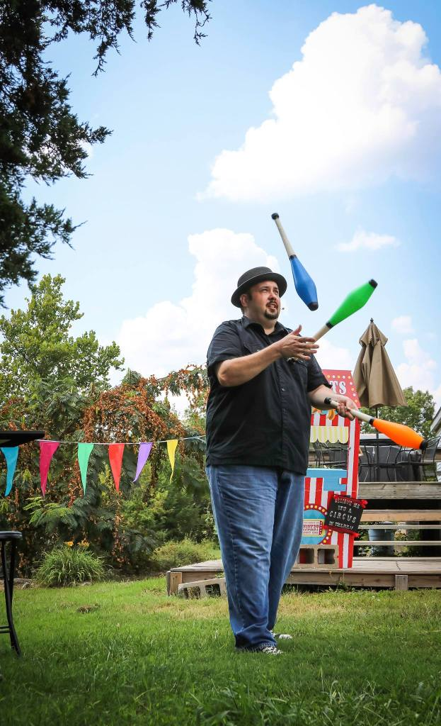 Northwest Arkansas Magician Juggling at a Birthday Party
