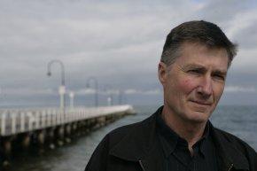 garry disher australian crime fiction author thriller