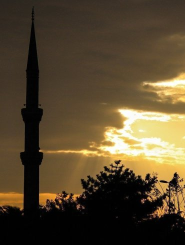 A Look At The Best Seller E-Book Istanbul Passage spy novel By Joseph Kanon