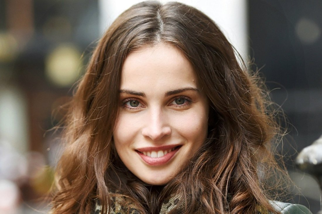 "First Icelandic Thriller Original ""Stella Blomkvist"" Coming To The Screen Soon heida reed"
