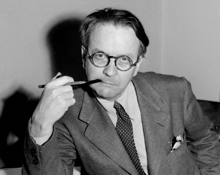 Raymond Chandler 10 Tips For Writing a Detective Novel