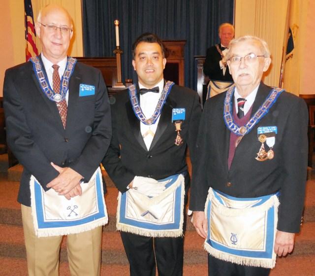 MVL Nov 11, 2014 Veterans Day -- Model Masons Award LtoR Ted Wilson-WM Privitera-Stanley Locke