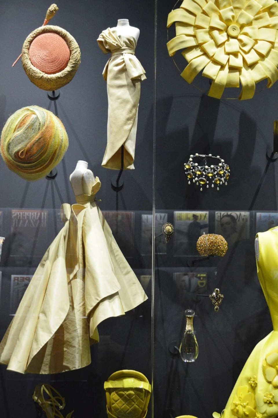 Details of Dior Diorama.jpg