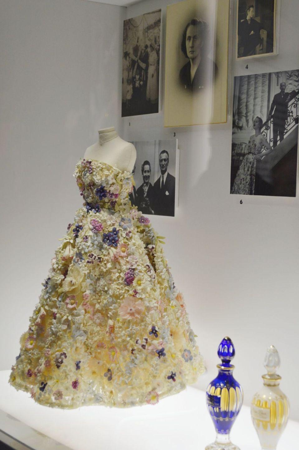 Dior femininity