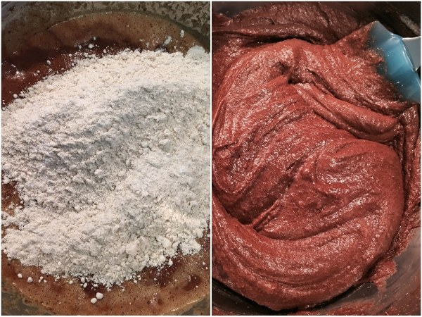 "In the end, mix the flour into the brownie mixture, using a rubber <a href=""http://amzn.to/2sPueMv"" target= ""_blank"">spatula</a>."
