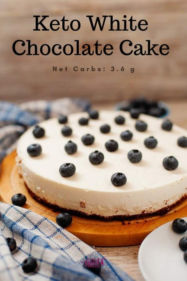 This keto white chocolate cake fills you up any time of the day and delivers some extra protein in case you've been exercising a lot. #keto #ketogenic #lowcarb