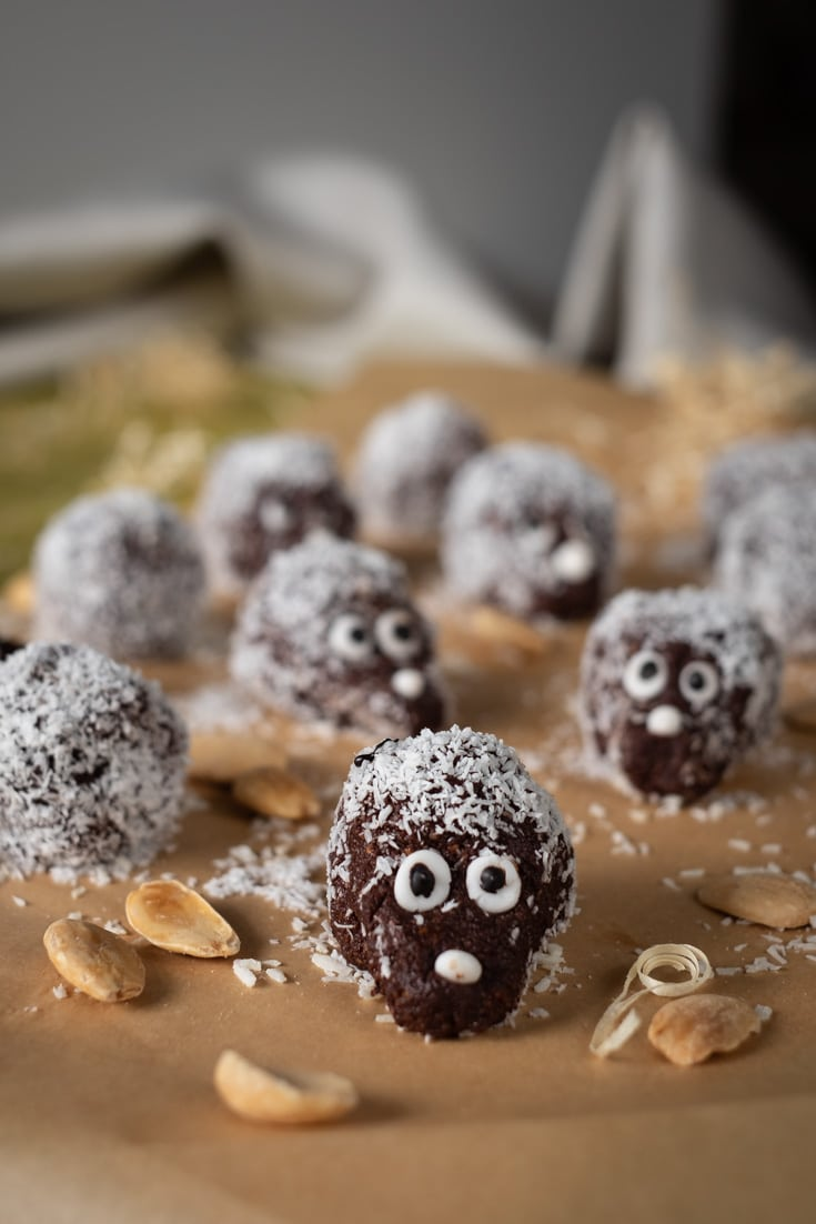 No Bake Keto Hedgehogs recipe by MySweetKeto #keto #lowcarb #glutenfree