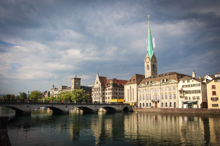 Iglesia Fraumünster   Suiza Tourismo