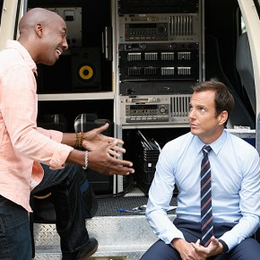 The new CBS comedy THE MILLERS stars Will Arnett (right) as Nathan Miller, a recently divorced local roving news reporter looking forward to living the singles' life until his parents' marital problems unexpectedly derail his plans.  JB Smoove plays Ray, Nathan's best friend and news cameraman.    THE MILLERS will premiere this Fall, Thursdays (8:30-9:00 PM ET/PT) on the CBS Television Network.  Photo: Cliff Lipson/CBS  © 2013 CBS Broadcasting, Inc. All Rights Reserved.